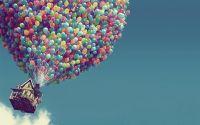 Вверх дом летит на воздушных шарах