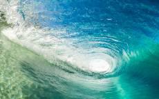 Водоворот, волна, брызги, прозрачная вода, пена