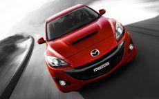 Красный автомобиль Mazda-3-MPS