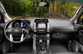 Интерьер Toyota Land Cruiser