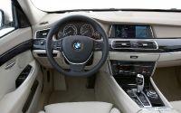 Салон BMW 5 Series Gran Turismo.