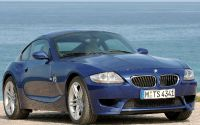 BMW Z4 M Coupe на берегу моря.