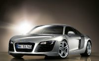 Серебряный Audi R8 Cars