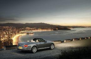 Bentley-Continental-GTC-2011-015
