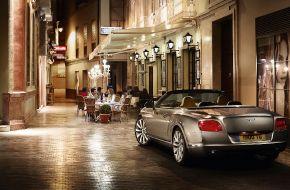 Bentley-Continental-GTC-2011-016