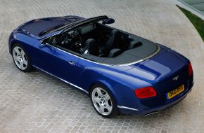 Bentley-Continental-GTC-W12-2012-009