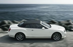 Bentley-Continental-Supersports-Convertible-2010-032