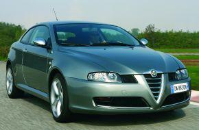 Автомобиль Alfa-Romeo GT-Q2