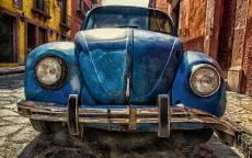 Старый автомобиль, ржавый автомобиль, старый жук