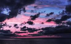 розовые облака, черные облака, синее небо