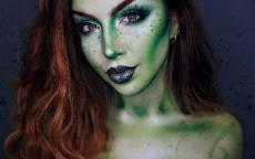 Женщина с макияжем на Хеллоуин Праздник