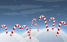 Новогодние сладости в снегу