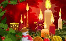 Новогодний коллаж со свечами и снеговиком