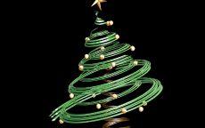Рисованная елка со звездой и шарами