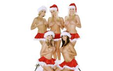 пять снегурочек на коньках