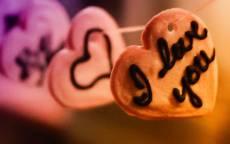 печенья в форме сердца, сухарики, сладости