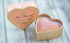 форма сердца в шкатулке, подарок для любимого человека