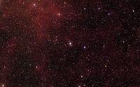 Звезды в красном космосе