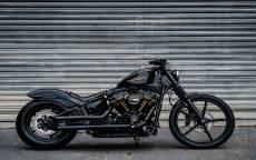 Черный Harley Davidson