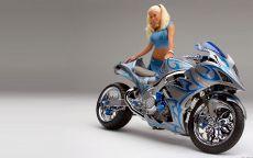 Блондинка и мотоцикл