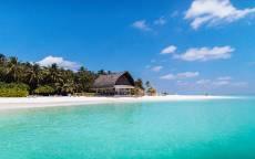 Тропики, океан, песчаный пляж, дом, пальмы