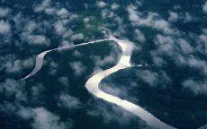 Извилистое русло реки