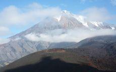 Снежная вершина горы