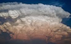 кучевые облака, синее небо