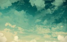 Голубые облака.