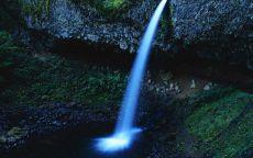 Тонкий водопад