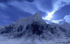 Снег на неприступной горе