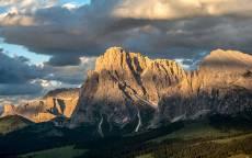 Горы, скалы, облака, тень, долина, небо