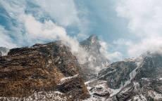 Горы, скалы, снег, облака, небо