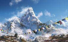 Заснеженные Гималаи.