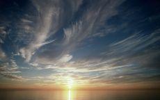 Солнечная дорожка в море