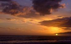 Заход солнца в море