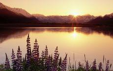 Закат солнца за горы