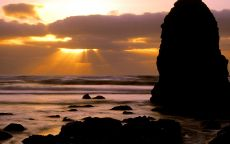 Море, скала, закат