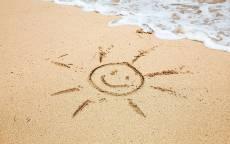 Солнце на морском песке