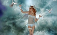 Ангел с белыми голубями