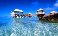 Бермуды. Дома на сваях.