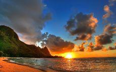 Закат солнца в тропическом месте