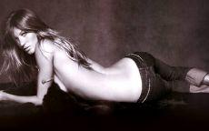 Фотография черно белая, модель, Жизель, Бюндхен, джинсы