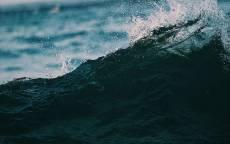 море, океан, темная волна, брызги