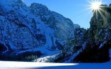 зима, солнце, снег, горы, солнечные лучи
